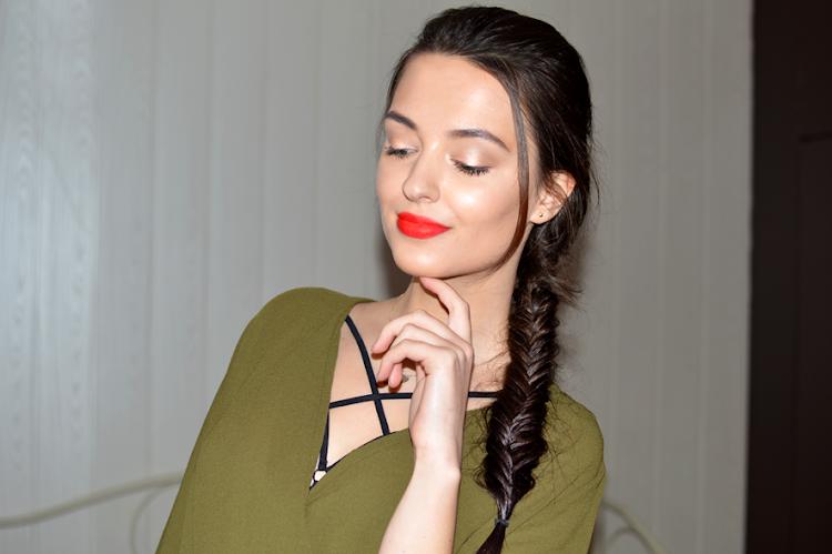 Moje sposoby na rozświetloną, promienną cerę - zdrowy błysk za pomocą makijażu - Czytaj więcej »