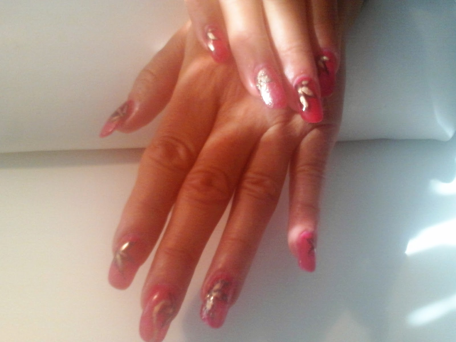 Salkjo-an nails