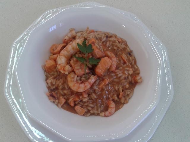 Risotto con salmon y gamba roja elaborado en wok demeyere