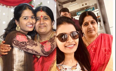 Anusha Reddy with her mother photo