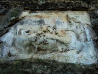 As Esculturas de Orleans Ficam às Margens do Rio Tubarão