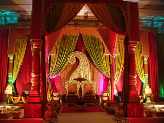 Red Wedding Decorations Designs