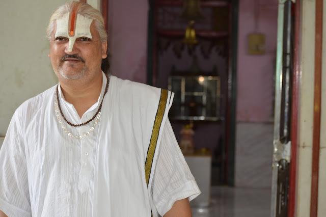 Bhagwat Pravakta - Swami Dhananjay Maharaj.