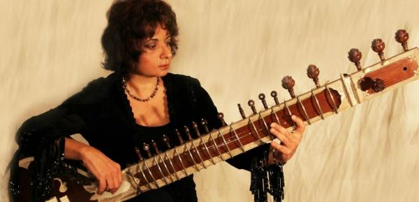 Η Nana Simopoulos LIVE στο ΦΟΥΓΑΡΟ