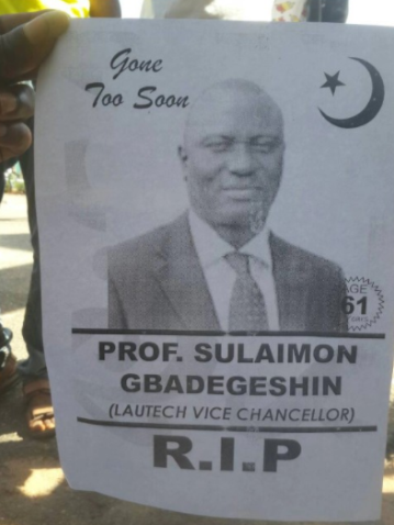 Students of LAUTECH Parades an Obituary Poster of Their V.C to Show Their Dissatisfaction Over the School's Lingering Strike