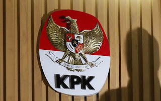 Penyidik KPK Tinggalkan Kediaman Setya Novanto