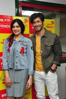 Vidyut Jamwal Adah Sharma Commando 2 Movie Team at Radio Mirchi 95  0007.jpg