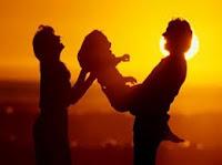 Membina keluarga bahagia, rumahtangga bahagia.