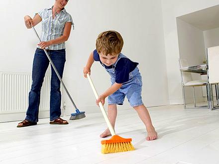 Los niños que realizan tareas domésticas son más exitosos en su vida adulta. (Lo dice la ciencia)