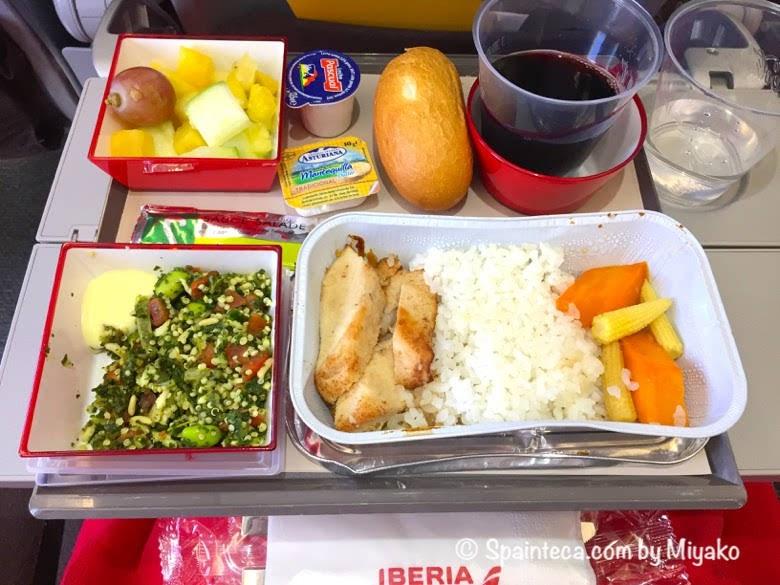 スペイン直行便イベリア航空の機内食