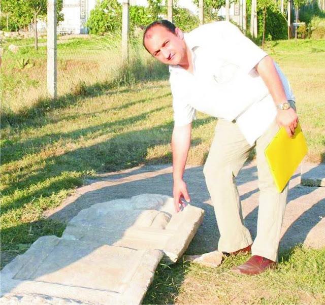 Arben Llalla at an Illyrian tomb