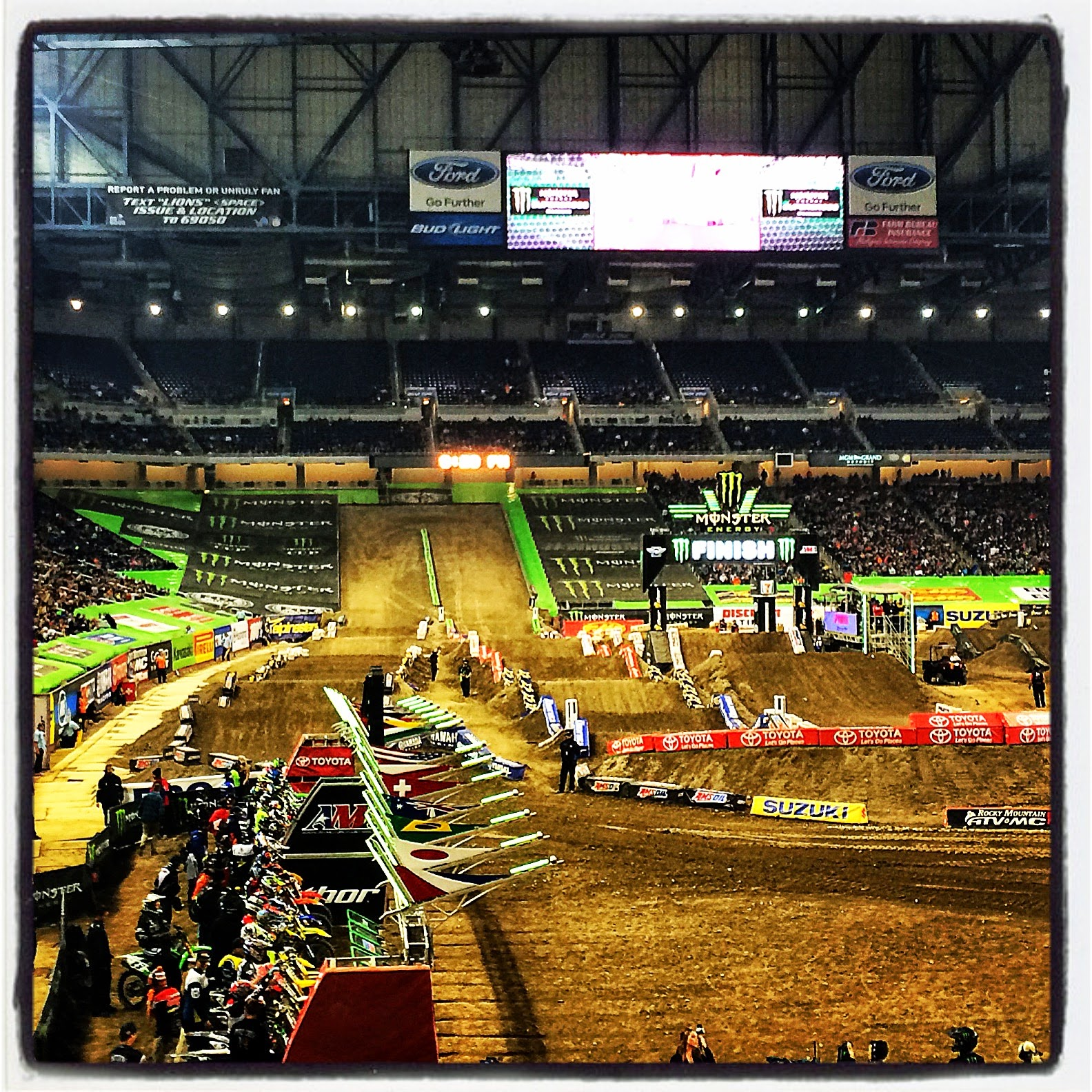 Supercross Ford Field: .:Our Fabulous Florence: