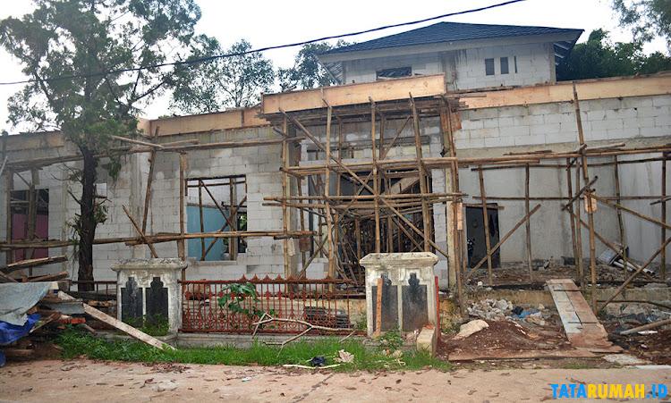 proses pembangunan renovasi rumah mewah di depok