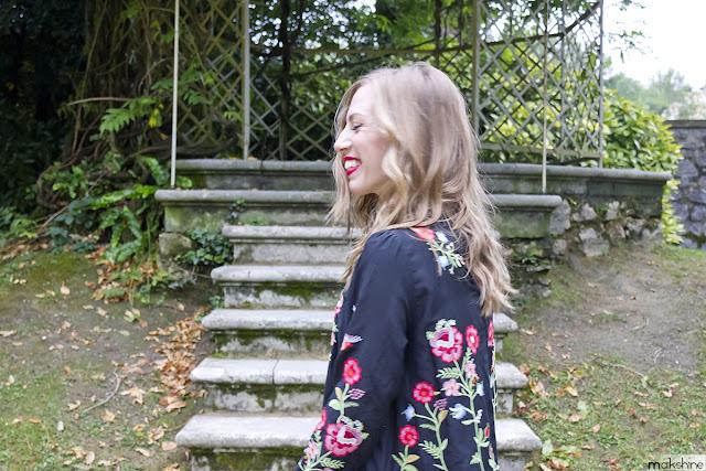 Look romántico con vestido floral