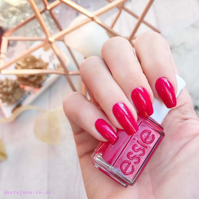 essie-winter-2017-be-cherry-review-swatch