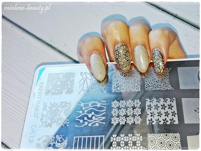 manicure-sylwestrowy-metalmanix-multi-chrome-blog-mani-inspirations-indigo