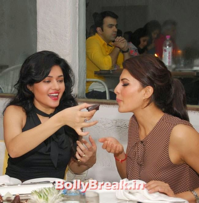 Sonal Sehgal and Jacqueline Fernandez, Jacqueline Fernandez at Sonal Sehgal Birthday Party