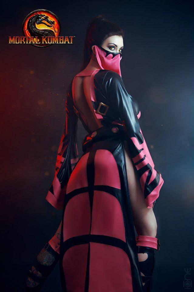 sexy cosplay girl mortal kombat hottest cosplay