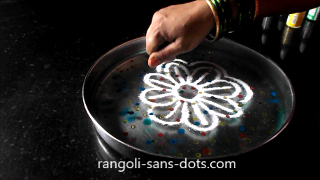 floating-rangoli-for-Navratri-1e.png