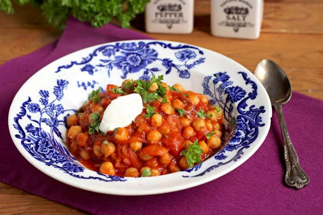 kuchnia arabska, kuchnia turecka, dania z ciecierzycy, potrawy z ciecierzycy, potrawka z ciecierzycy,