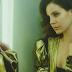 """Nem precisou vazar! Tem duas músicas novas da Lana Del Rey: """"Summer Bummer"""" e """"Groupie Love"""""""