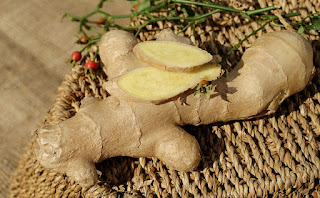 benefits of ginger,adrak ke fayede,health benefits of adrak