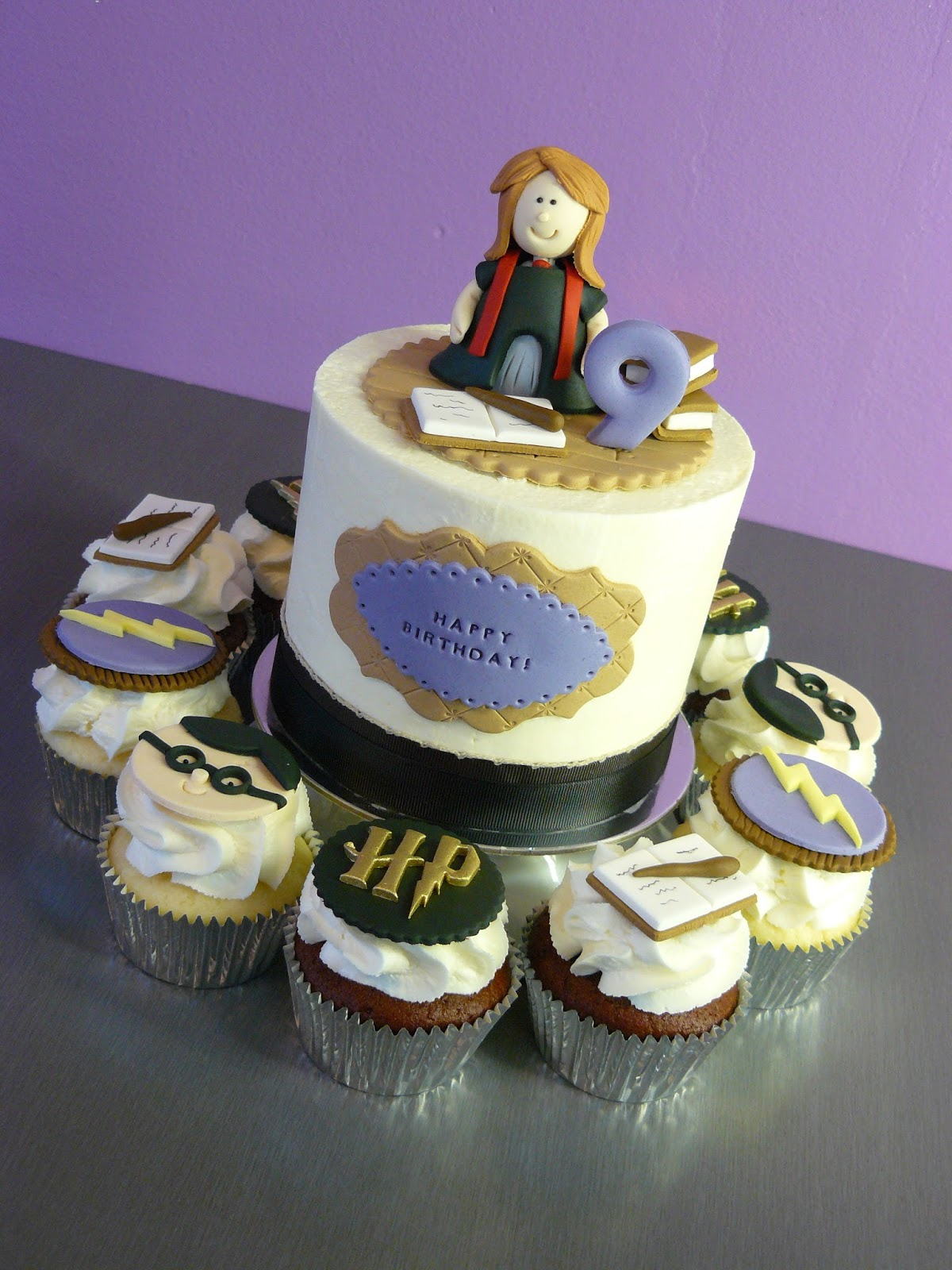 The Cup Cake Taste Brisbane Cupcakes Harry Potter Cake and Cupcakes