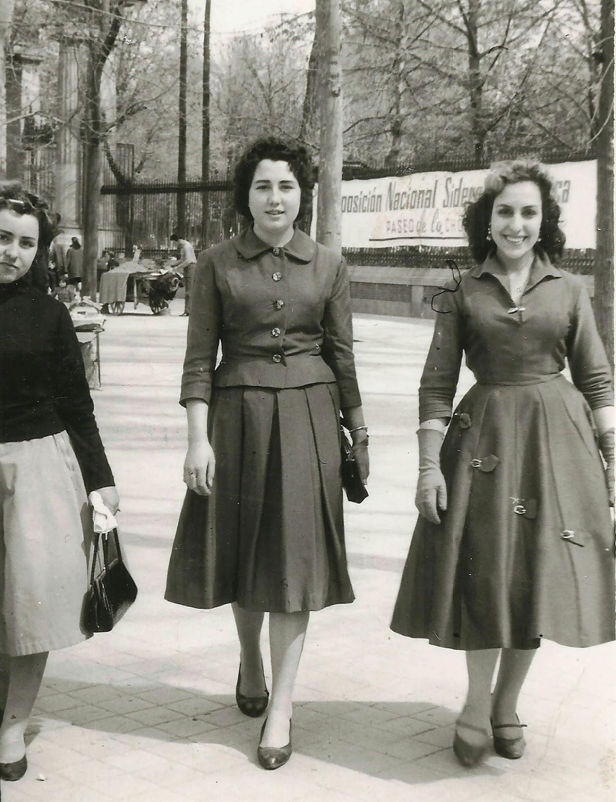 Historia De La Moda Y Los Tejidos: LA MUJER Y LA MODA EN