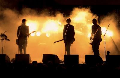 musik tidak bisa dipisahkan dari kehidupan insan Macam Macam Jenis Genre Musik Populer