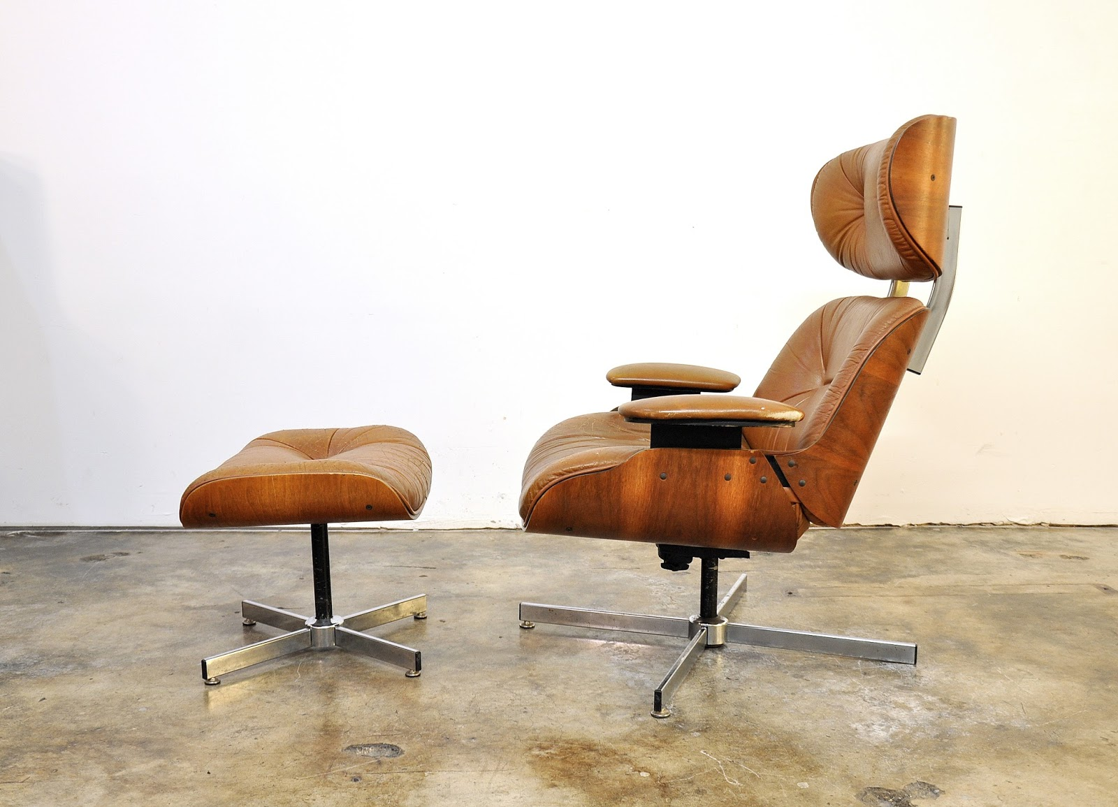 selig eames chair small chaise lounge chairs for bedroom select modern frank doerner style