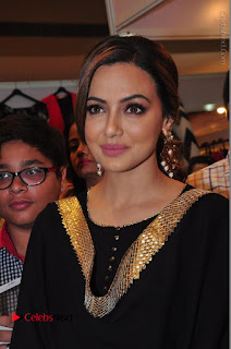 Bollywood Actress Sana Khan Launches Aakrithi Exibition  0098.JPG
