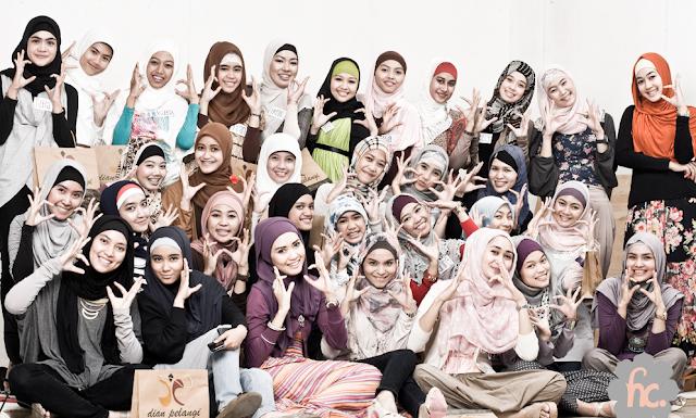 hijab saat buka bersama