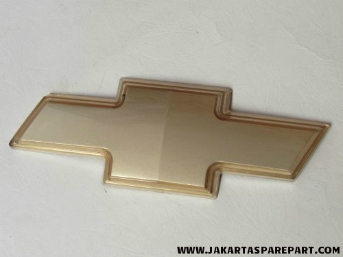 Chevrolet Emblem Logo Gold 13x4.8cm