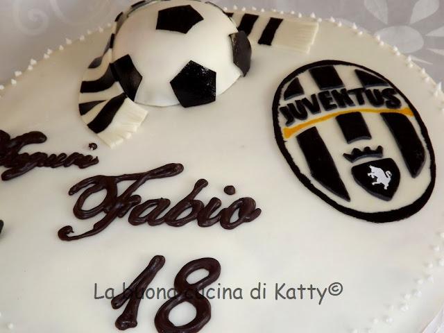 La Buona Cucina Di Katty Torta Della Juventus Per I 18 Anni