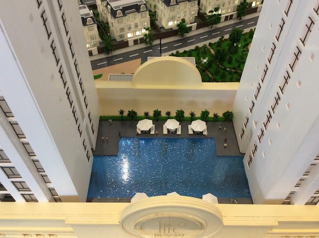 bể bơi ngoài trời tại chung cư roman plaza
