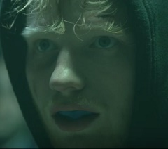 Ed Sheeran lança clipe de Shape Of You