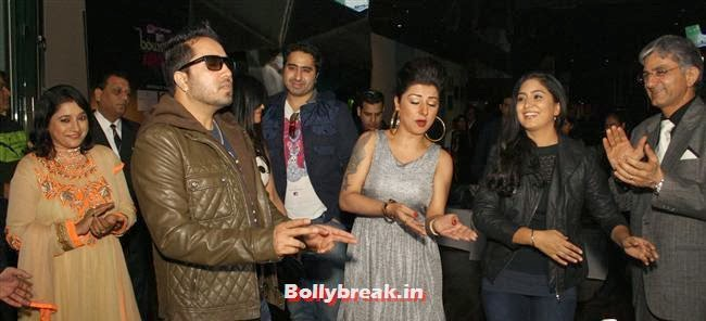 Mika Singh, Hard Kaur and Harshdeep Kaur