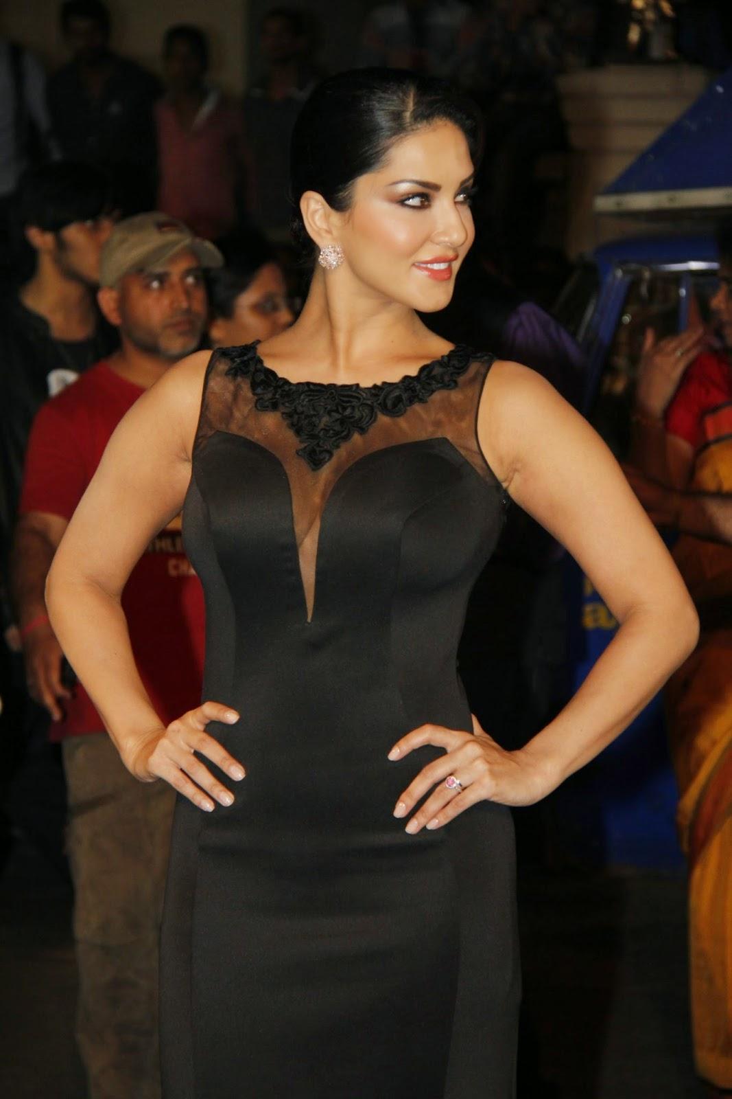 Sunny leone Hot Photos In Long Black Dress