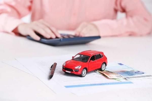 Cоntоһ Kasus Perhitungan Dаn Simulasi Kredit Mobil Bаru