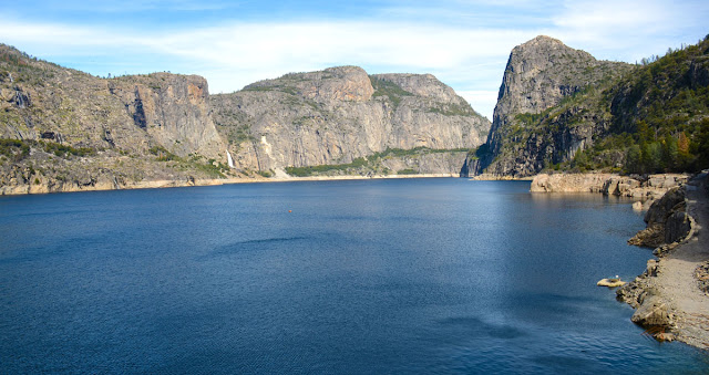 Hetch Hetchy Reservoir, Yosemite National Park, California, USA