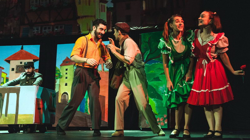 Η παιδική θεατρική παράσταση «Το Γαϊτανάκι» στην Αλεξανδρούπολη