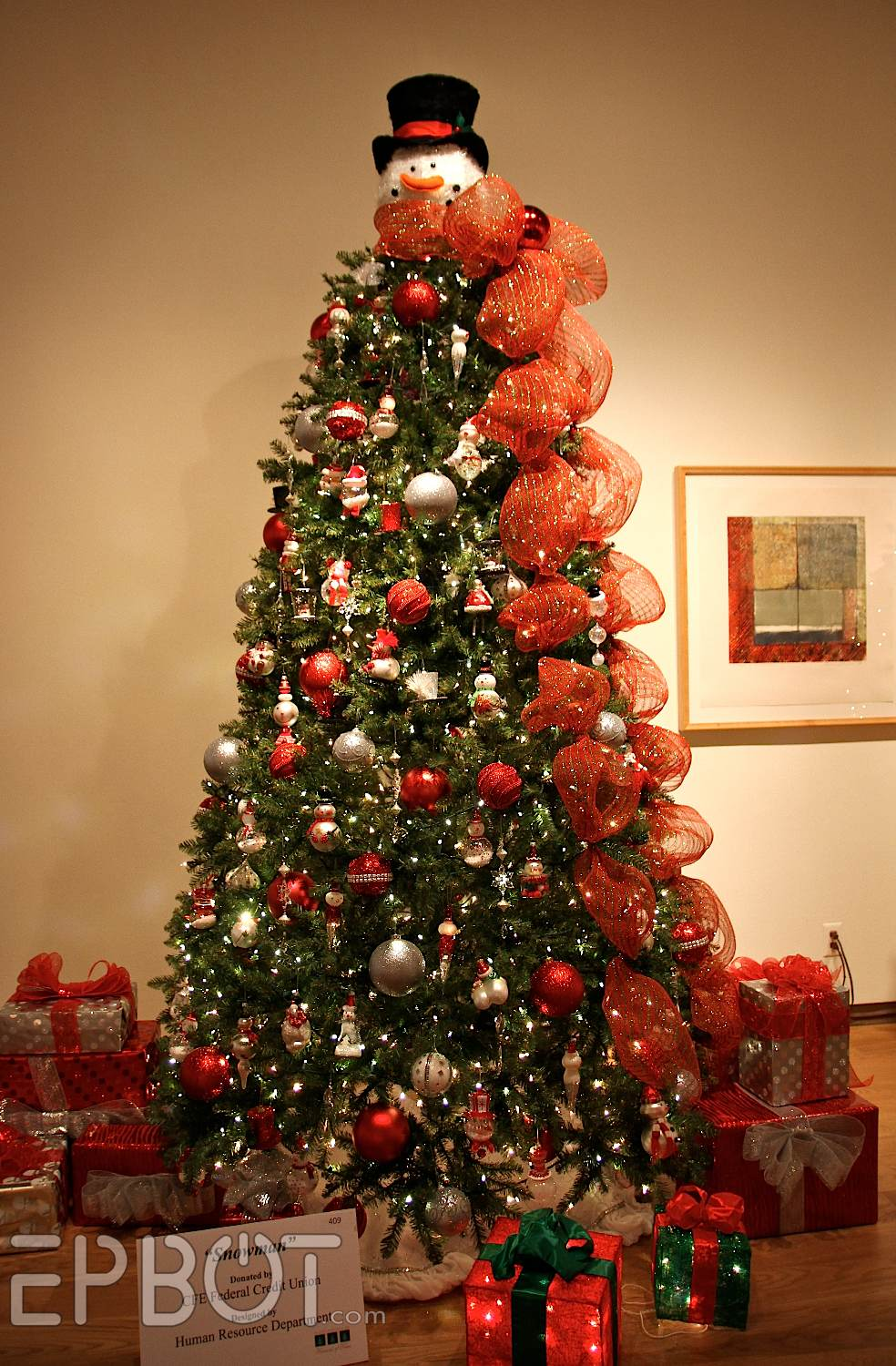 Ideas For Decorating A White Christmas Tree