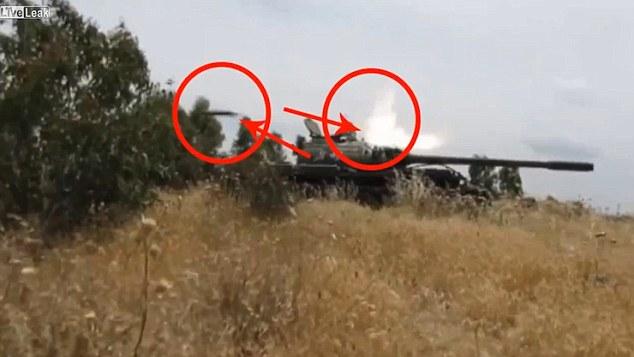 Tank Tak Meledak Setelah Dihantam Rudal Anti-Tank