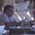 Νίκος Ευαγγελάτος - Τατιάνα Στεφανίδου: «Απόδραση» στη Μύκονο (video)