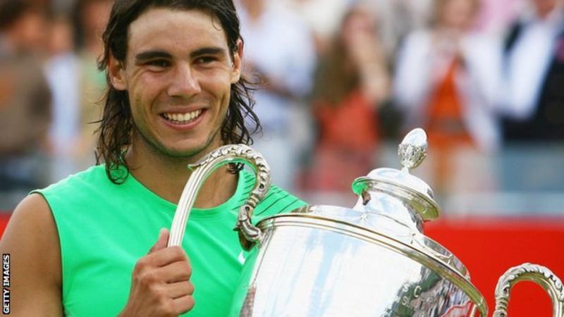 Rafael-Nadal-se-tham-du-The-Queens-Club-Championships