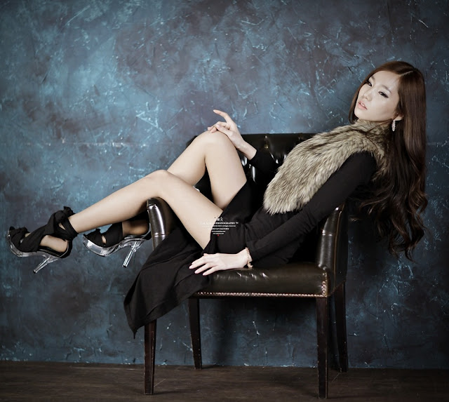 1 Lee Ji Min in Black Maxi-very cute asian girl-girlcute4u.blogspot.com