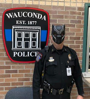wauconda illinois black panther police sergeant
