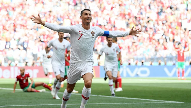 Cristiano Ronaldo Merayakan Golnya ke gawang Maroko
