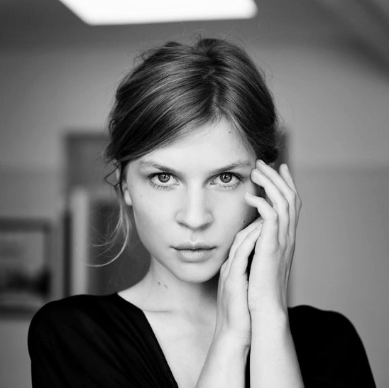 Southern Train To Doomsday: Clemence Poesy