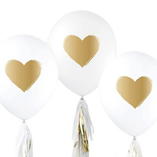 //goto.target.com/c/302330/81938/2092?u=https%3A%2F%2Fwww.target.com%2Fp%2F12ct-inklings-paperie-174-white-gold-heart-designer-balloons%2F-%2FA-52038742%23lnk%3Dsametab